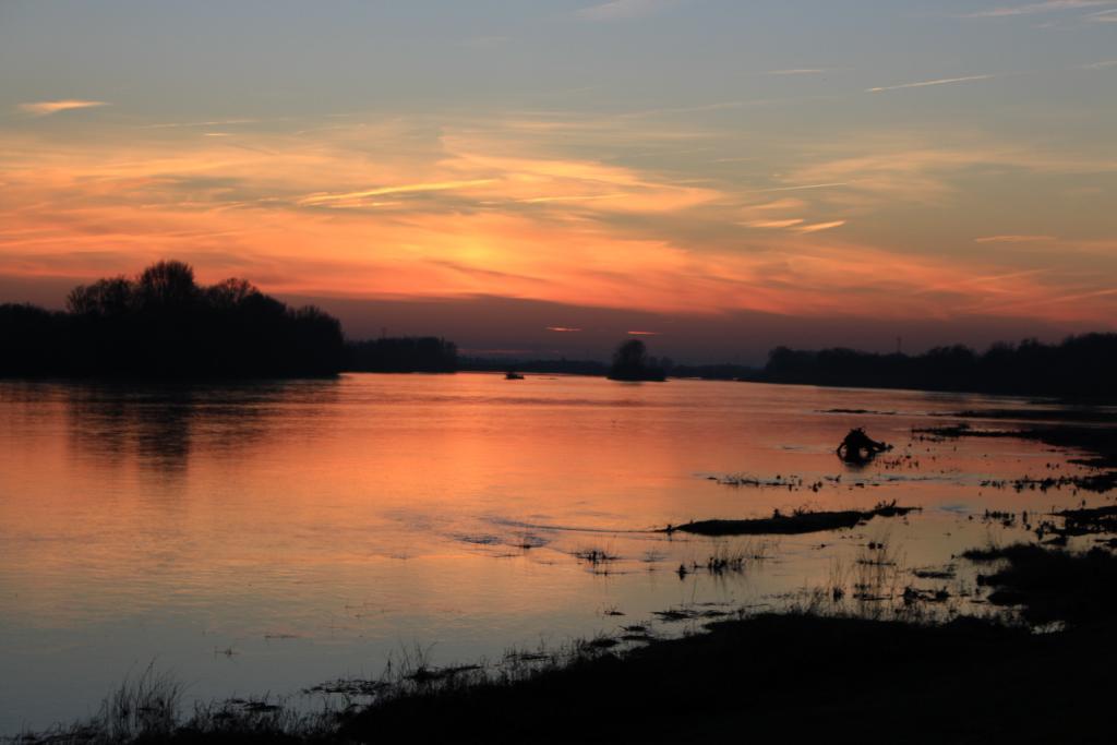 Loire au crépuscule