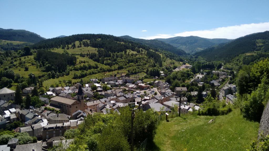 Village de Meyrueis aux portes des gorges de la Jonte
