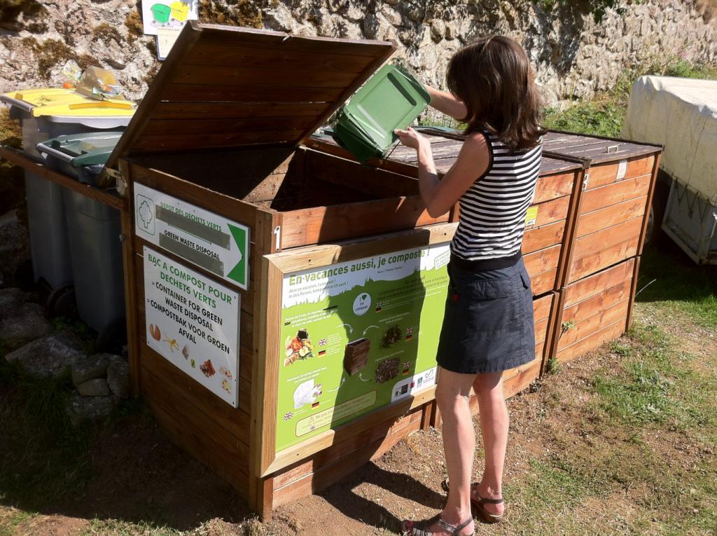 Compost ay Camping du Pont de Braye
