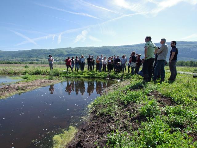 © CEN Savoie - Visite de groupe des travaux de restauration